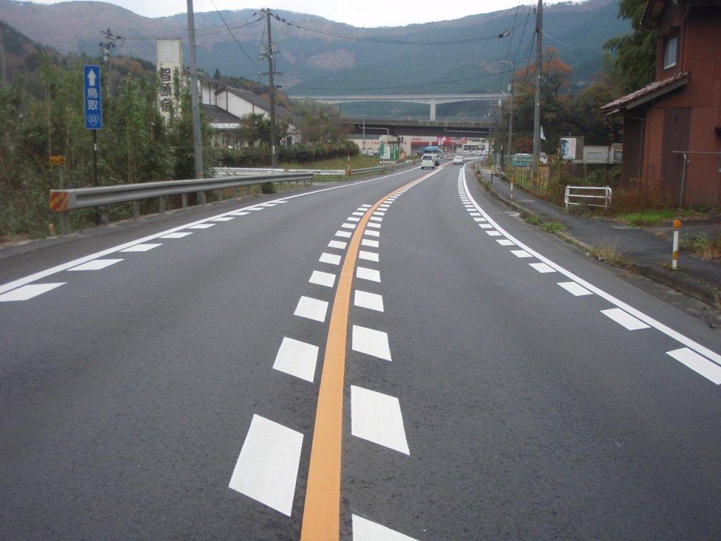 国道53号智頭地区舗装修繕工事