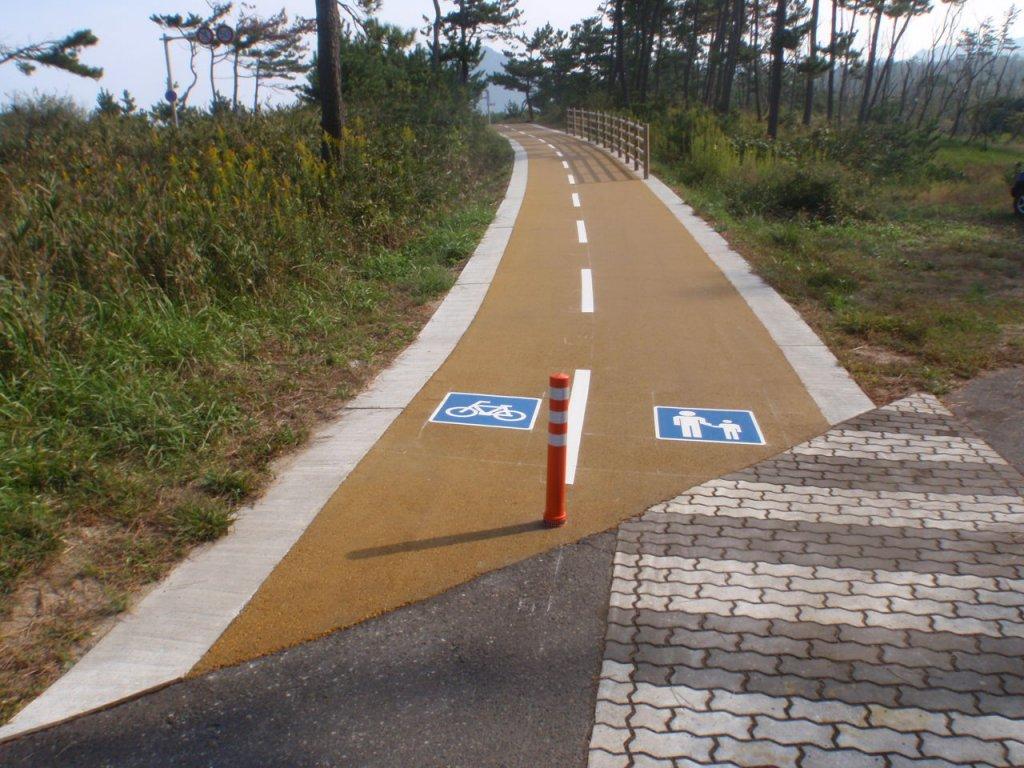 県道鳥取砂丘細川線(湯山工区)自転車歩行者道舗装工事(2工区)(交付金)